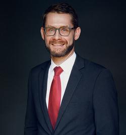 Porträt von Dr. Benjamin Stillner